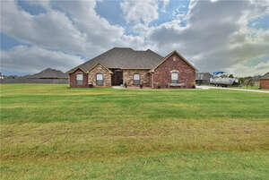 Featured Property in Edmond, OK 73025