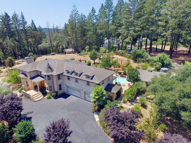 Single Family for Sale at 1014 Westside Road Healdsburg, California 95448 United States