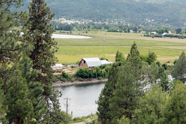 Investment for Sale at 1838 Riverdale Dr St. Maries, Idaho 83861 United States