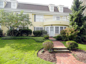 Featured Property in Harwich Port, MA 02646