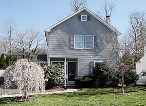 Featured Property in Fair Haven, NJ 07704