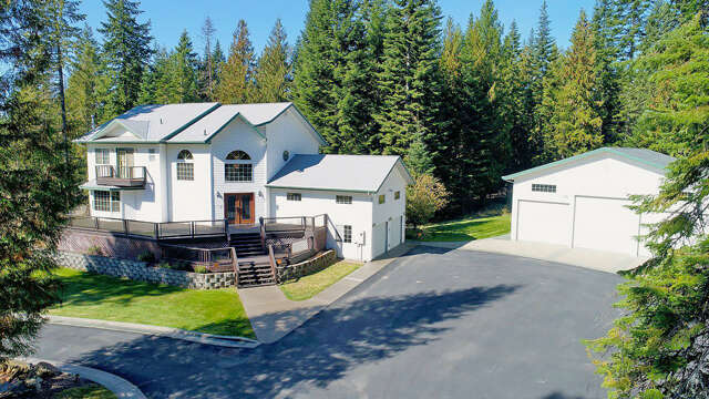 Single Family for Sale at 242 Reynolds Ln Priest River, Idaho 83856 United States