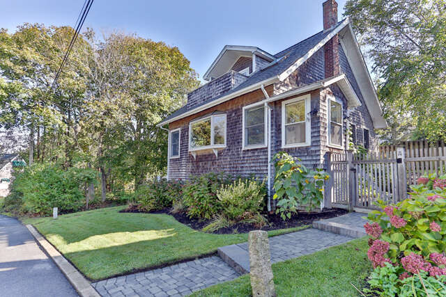 Single Family for Sale at 11 Melrose Avenue Falmouth, Massachusetts 02540 United States