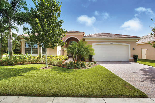 Single Family for Sale at 10462 Whitewind Circle Boynton Beach, Florida 33473 United States