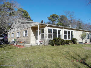 Featured Property in Toms River, NJ 08757