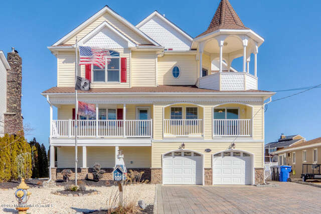 Single Family for Sale at 240 Bay Stream Drive Toms River, New Jersey 08753 United States