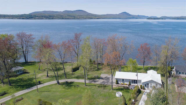 Single Family for Sale at 461 Pine Street Newport City, Vermont 05855 United States