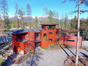 Featured Property in Bigfork, MT 59911