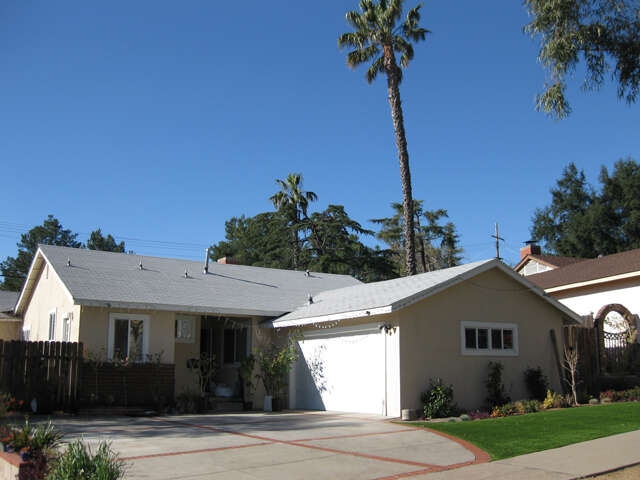 Single Family for Sale at 10055 Pali Ave Tujunga, California 91042 United States
