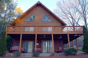 Featured Property in Ebony, VA 23845