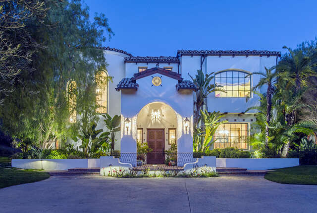 Single Family for Sale at 580 Meadow Grove Lane Westlake Village, California 91362 United States
