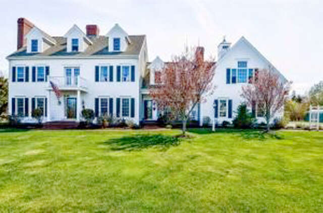 Single Family for Sale at 58 Torrey Road East Sandwich, Massachusetts 02537 United States