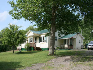 Featured Property in West Union, WV 26456