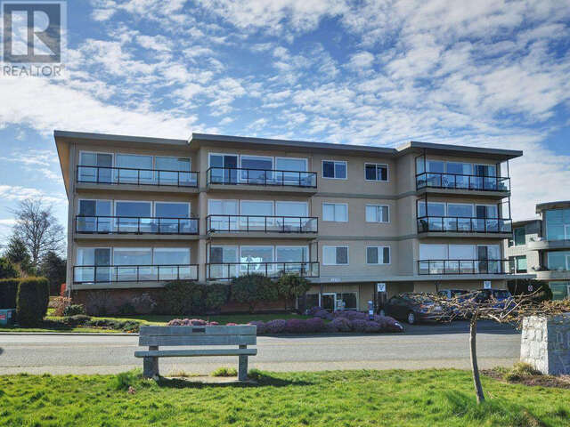 Featured Property in VICTORIA, BC, V8S 2N3