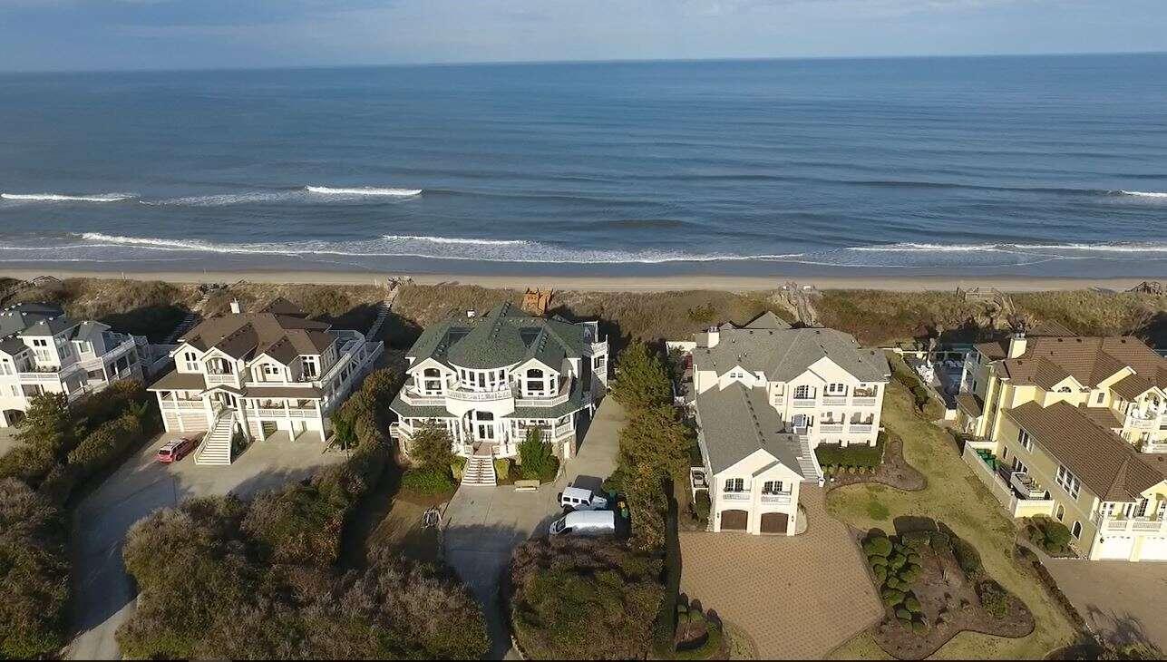 Single Family for Sale at 227 Hicks Bay Lane Corolla, North Carolina 27927 United States