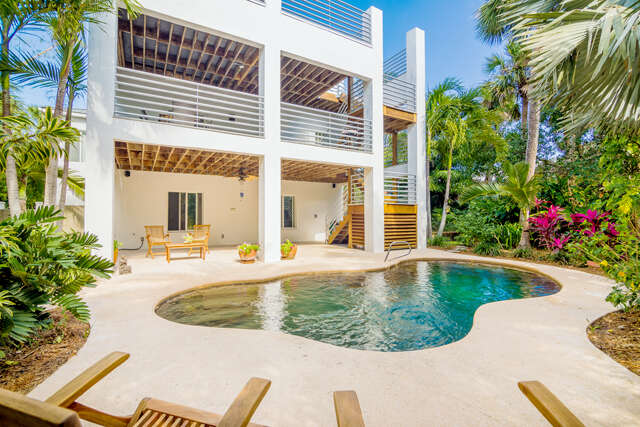 Single Family for Sale at 111 River Oaks Road Melbourne Beach, Florida 32951 United States