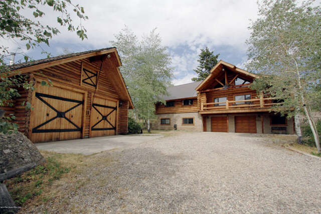 Single Family for Sale at 8 Hill View Drive Boulder, Wyoming 82923 United States