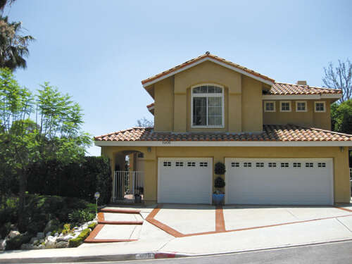 Single Family for Sale at 1009 Calle Son Risa Glendale, California 91208 United States
