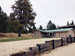 Featured Property in Cascade, ID