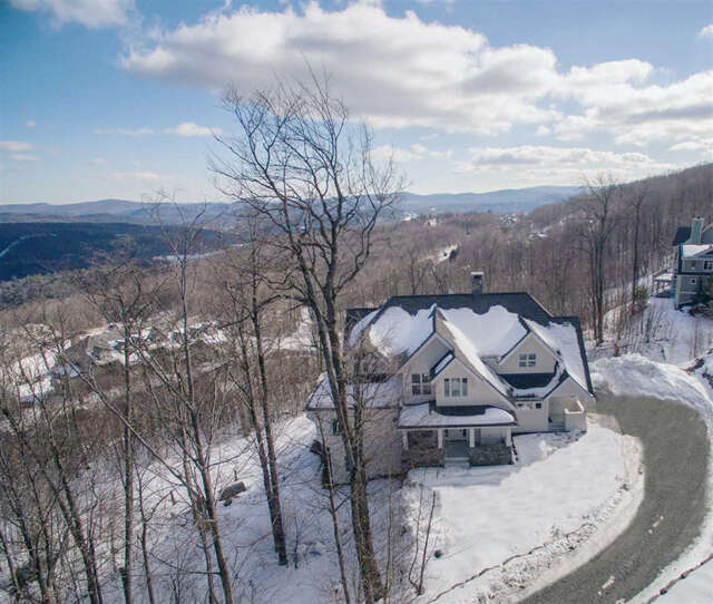 Single Family for Sale at 173 Moon Shadow Drive Ludlow, Vermont 05149 United States