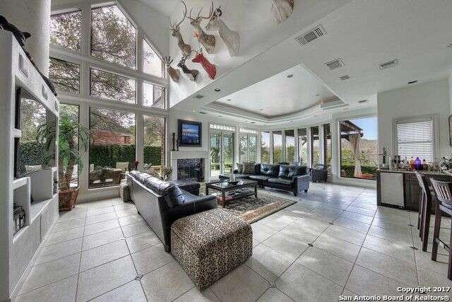 Single Family for Sale at 2 Doulton Glenn San Antonio, Texas 78257 United States