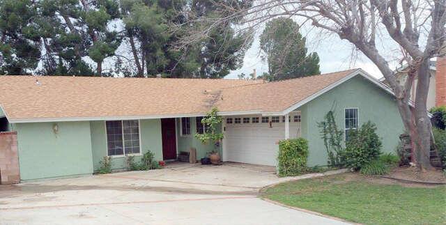 Single Family for Sale at 28066 Urbandale Avenue Saugus, California 91350 United States