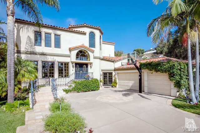 Single Family for Sale at 495 Marymount Court Ventura, California 93003 United States