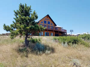 Featured Property in Reed Pt, MT 59069