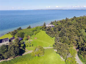 Featured Property in Pt Townsend, WA 98368