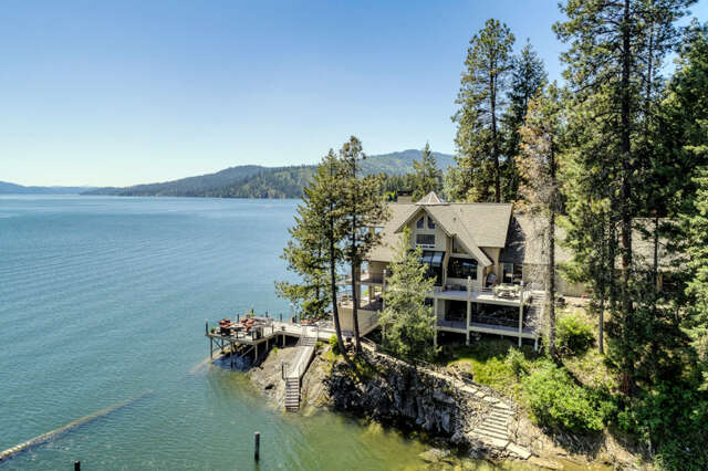 Single Family for Sale at 1750 W Valhalla Rd Coeur D Alene, Idaho 83814 United States