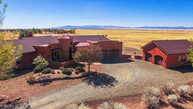 Single Family for Sale at 9015 E Twilight Ridge Road Prescott Valley, Arizona 86315 United States