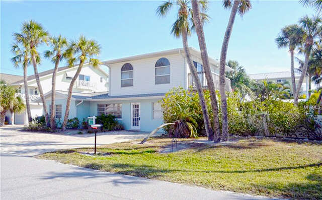 Single Family for Sale at 201 73rd Street Holmes Beach, Florida 34217 United States