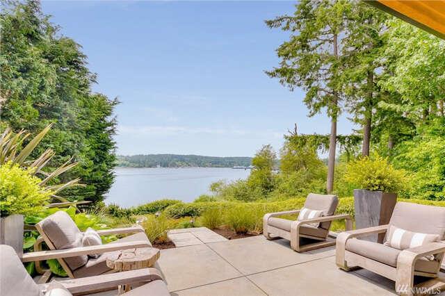 Single Family for Sale at 11257 NE Wing Point Dr Bainbridge Island, Washington 98110 United States