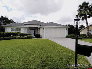 Featured Property in Summerfield, FL 34491