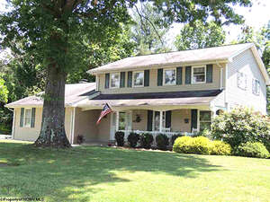 Featured Property in Bridgeport, WV 26330