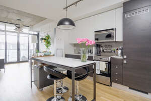Featured Property in Toronto, ON M6J 3C3