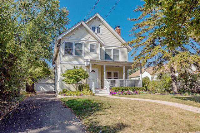 Single Family for Sale at 378 N Montclair Ave. Glen Ellyn, Illinois 60137 United States