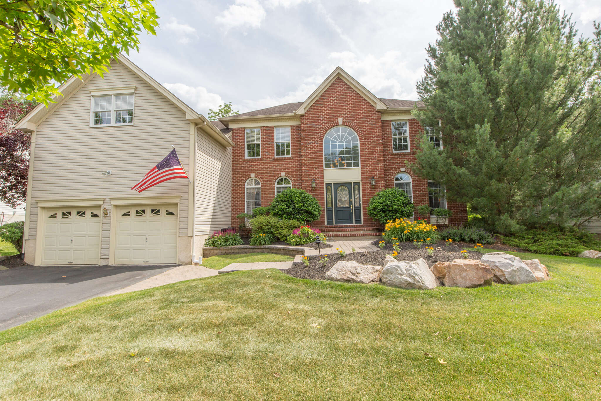 Single Family for Sale at 3637 Green Ridge Rd Furlong, Pennsylvania 18925 United States