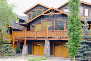 Featured Property in Canmore, AB T1W 2E2