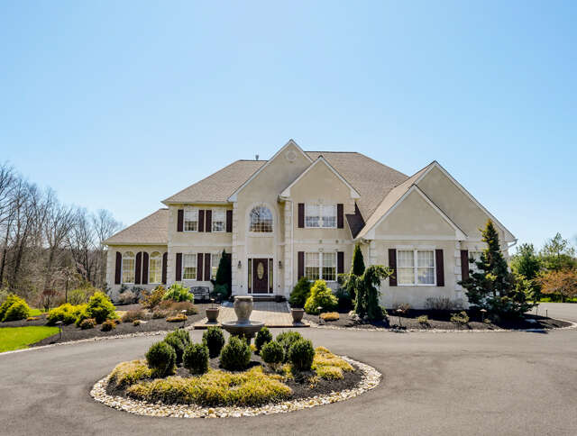 Single Family for Sale at 2191 Esten Road Quakertown, Pennsylvania 18951 United States