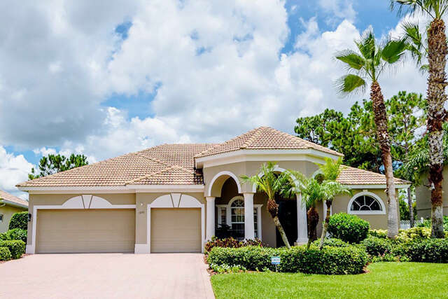 Single Family for Sale at 1095 Scherer Way Osprey, Florida 34229 United States