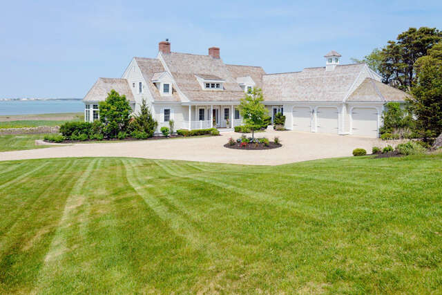 Single Family for Sale at 110 Allyn Lane Barnstable, Massachusetts 02630 United States