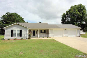 Featured Property in Falcon, NC 28342