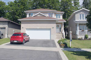 Featured Property in Amherstview, ON