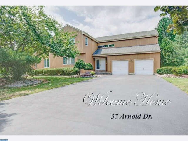 Single Family for Sale at 37 Arnold Drive West Windsor, New Jersey 08550 United States