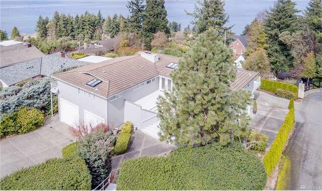 Single Family for Sale at 1611 Lowana Lane NE Tacoma, Washington 98422 United States
