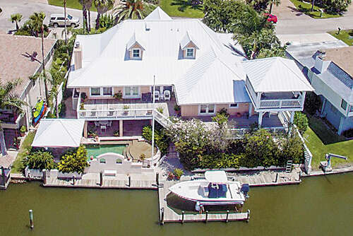 Single Family for Sale at 8 Edgewater Lane Rockport, Texas 78382 United States