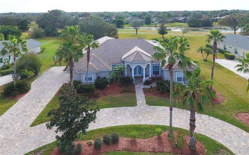 Single Family for Sale at 9972 Cherry Hills Avenue Circle Bradenton, Florida 34202 United States