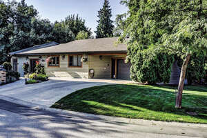Featured Property in Kelowna, BC V1Y 4J8