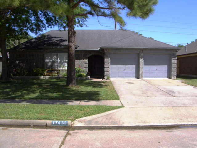 Real Estate for Sale, ListingId:45224110, location: 17414 CHAMBERLAIN DR Houston 77095
